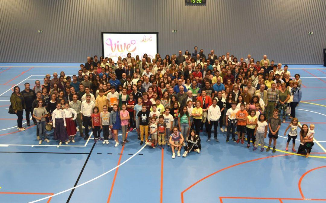 Acto de inauguración del nuevo polideportivo en el colegio Calasanz Escolapios